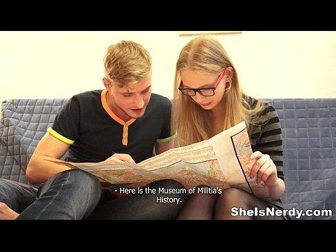 http://img-l3.xvideos.com/videos/thumbslll/89/2d/ab/892dab43b499dad4d66f95baecb5a2ae/892dab43b499dad4d66f95baecb5a2ae.7.jpg