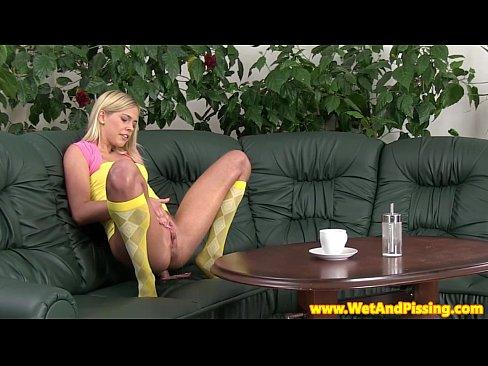 http://img-l3.xvideos.com/videos/thumbslll/89/6a/24/896a249a923b0d36b931008e34455b0d/896a249a923b0d36b931008e34455b0d.3.jpg