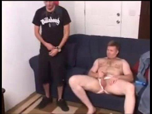 junger mann bietet tg für sextreffen Albersbach