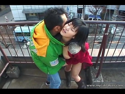 5 min Hot Asian outdoor blowjob here wtfpass.com