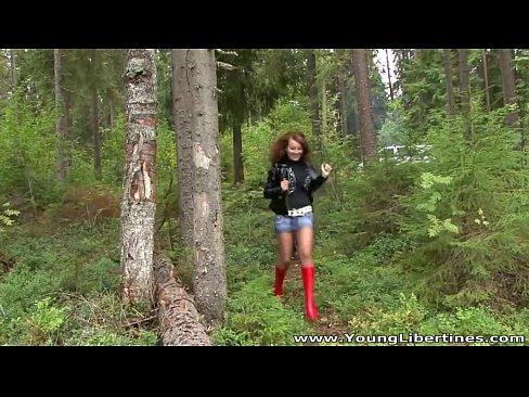 http://img-l3.xvideos.com/videos/thumbslll/8b/92/7c/8b927c399a3f0e95b8b489d2eafb3bd4/8b927c399a3f0e95b8b489d2eafb3bd4.1.jpg