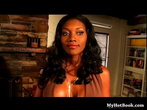 24 min Nyomi Banxxx is so beautiful and seductive some o abdulaporn.com