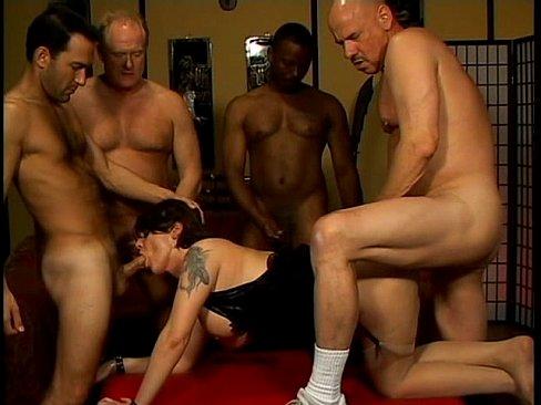 Sexo Brasil Suruba Gozando No Cu Da Casada