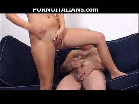 стрессовое состояние у девушки до первого секса