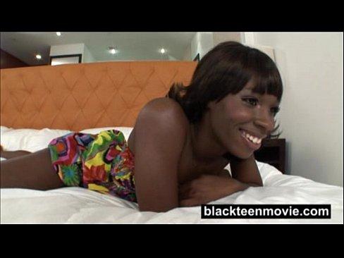 Videos de Sexo Video porno mulata gulosa e assanhada fodendo...