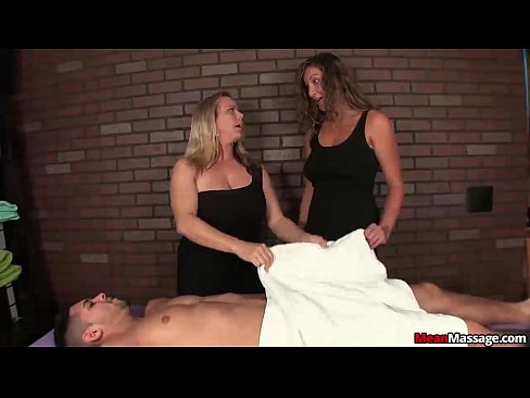 http://img-l3.xvideos.com/videos/thumbslll/95/7f/e9/957fe9e30ffcb718f4c4b0f58717023c/957fe9e30ffcb718f4c4b0f58717023c.5.jpg