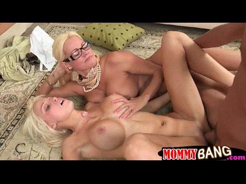 http://img-l3.xvideos.com/videos/thumbslll/95/9a/58/959a5838c50c1a328cdbf8c04b9c9e1d/959a5838c50c1a328cdbf8c04b9c9e1d.24.jpg