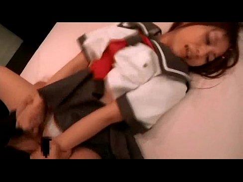 【素人巨乳女子高生妹兄近親相姦エロ動画!】こんなに可愛い妹とパンティの脇からチンポを挿入して近親相姦セックス!!