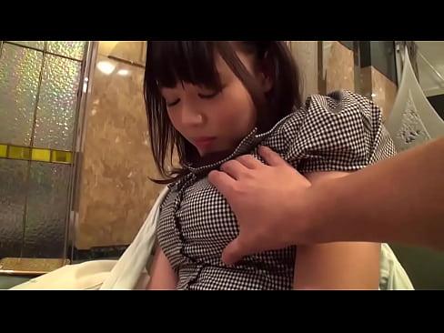 『浜崎真緒』清楚な巨乳美女と待ち合わせてラブホでハメ撮り