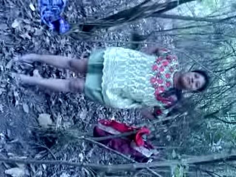 Carmella xxx video gratis reloj