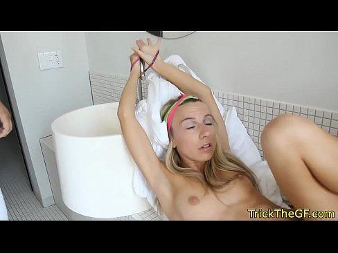 Film Porno Cu Virgine Ce Sunt Dezvirginate La Hotel