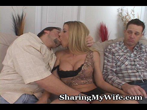 http://img-l3.xvideos.com/videos/thumbslll/a2/ad/88/a2ad88ca498318ebab9508db19bcb134/a2ad88ca498318ebab9508db19bcb134.9.jpg