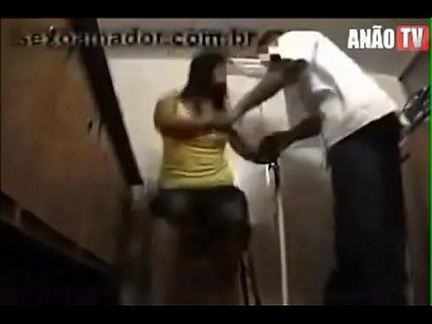 Medico dotado fodendo a paciente puta
