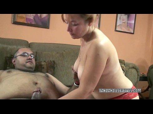 Mulheres madura ganhando um pau na sua vulva de um gordinho