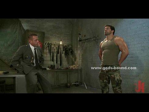 солдатский гей секс видео