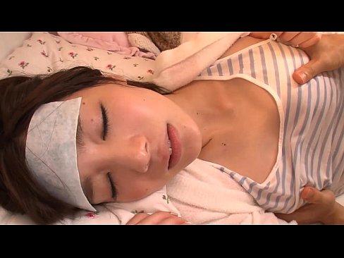【鈴村あいり】風邪を引いて寝込んでいるふんわりショートお姉さんを拘束して容赦なくレイプw