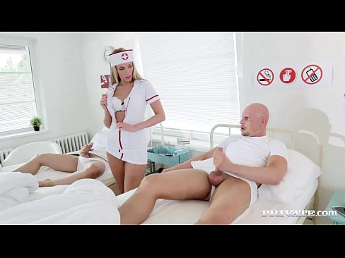 Asistenta Sexy Isi Controleaza Pacientul Si Crede Ca Are Nevoie De Sex Asa Ca Se Ofera Ia Sa Faca Sex Cu El