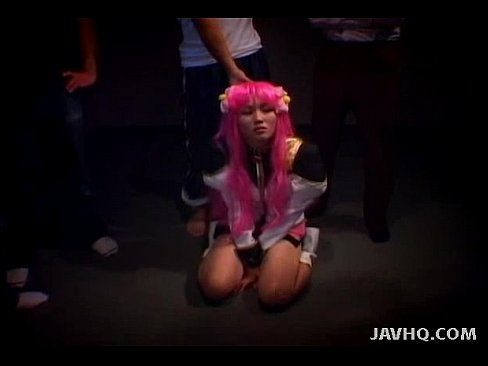 玩角色扮演~粉紅誇張假髮~下體卻是濃密黑捲陰毛(顏射)