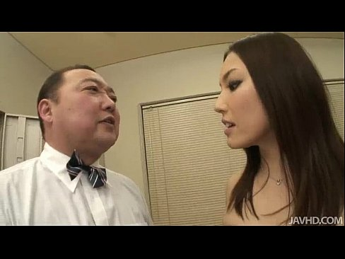 Nozomi Mashiro takes matters in hand as she bosses an old guy around