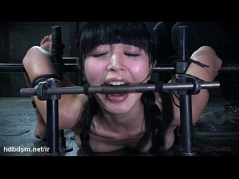 Bondage extremo y rica tortura a adorable esclava asiatica
