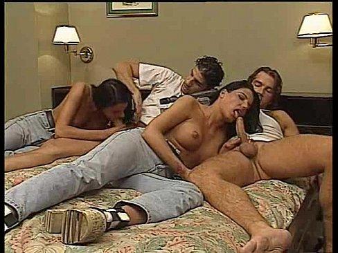 Секс с русскими близняшками фото в хорошем качестве 720 фотоография
