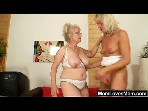 well endowed grandma pe rates a milf   xnxx com