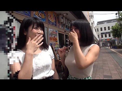 【素人ナンパエロ動画】友達の前でフェラチオを披露した結果ww