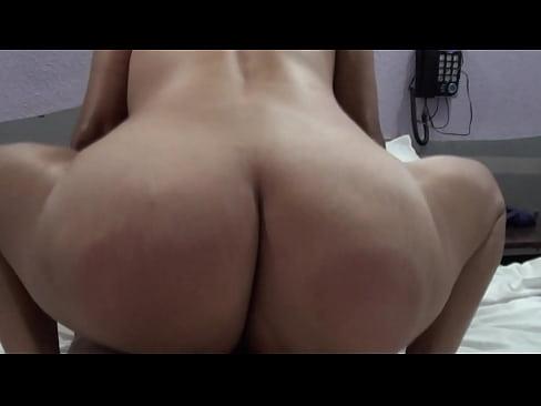 Sexo ardiente con mi comadre nalgona