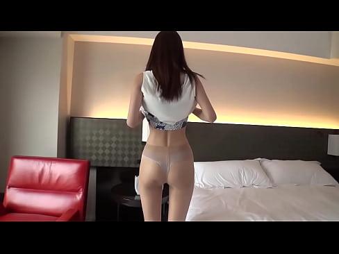 モデル並に脚の長いお姉さんとホテルでエロエロセックス