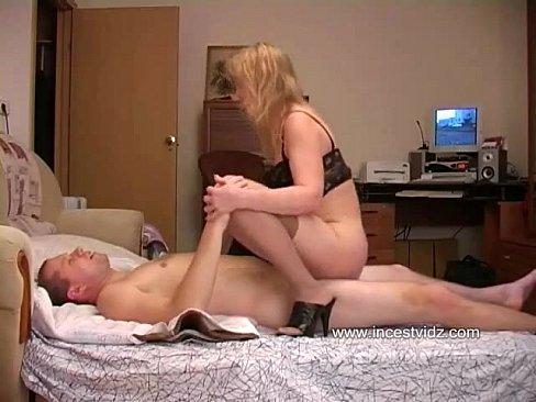 Секс отцаа и сына фото 691-295