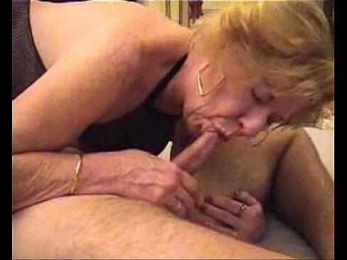 Внук трахает бабушку против её воли фото 382-642