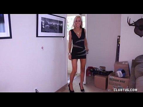 http://img-l3.xvideos.com/videos/thumbslll/b7/97/48/b79748078d58daf9ce58ab36697966f3/b79748078d58daf9ce58ab36697966f3.1.jpg