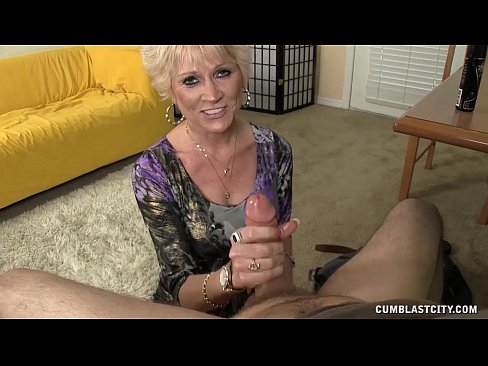 http://img-l3.xvideos.com/videos/thumbslll/b8/e2/d4/b8e2d43410e05acabeb86768580c4dee/b8e2d43410e05acabeb86768580c4dee.13.jpg