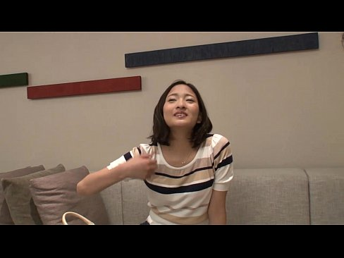 可愛い女性が素人の男性宅に訪れてセックスしちゃう動画2本セットww