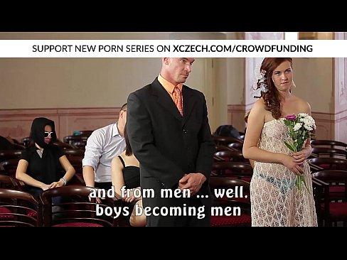 Orgia Com Garotas Tchecas Depois Do Casamento – Comendo A Noiva