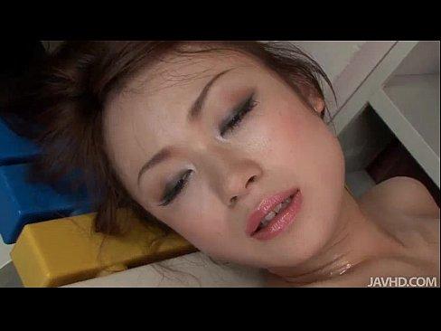 瀬織さら美乳のモデルオネエさんが全身ヌルヌルになりながらおなにー披露し...