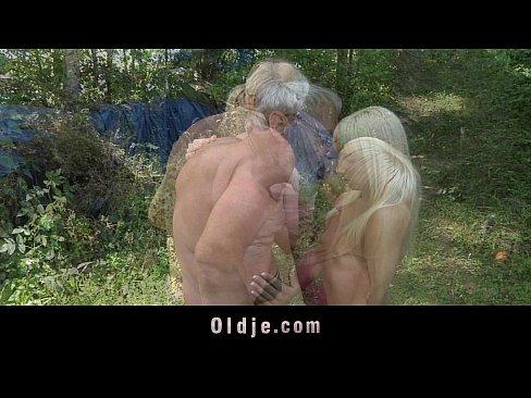 http://img-l3.xvideos.com/videos/thumbslll/bc/af/7a/bcaf7a1a797ae484642a049e9874d90f/bcaf7a1a797ae484642a049e9874d90f.9.jpg