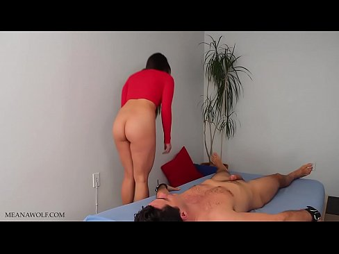 One going Porno bluper fart in girls face