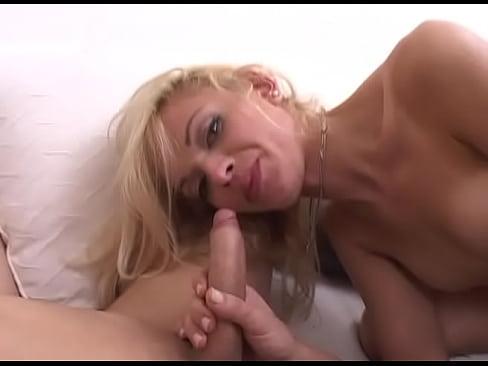 Image Travesti transando com outra travesti