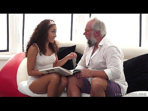 Filme Xxx Porno Cu Alba Ca Zapata Ce Este Fututa De Cei Sapte Pitici Xxx