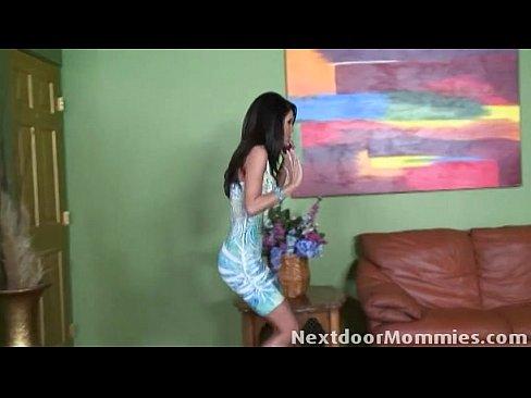 http://img-l3.xvideos.com/videos/thumbslll/c6/82/b2/c682b276e01cef15743282f03ce2ea6a/c682b276e01cef15743282f03ce2ea6a.3.jpg