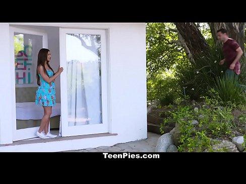 Teen Pies - Sexy Teen Gets Accidental Creampie