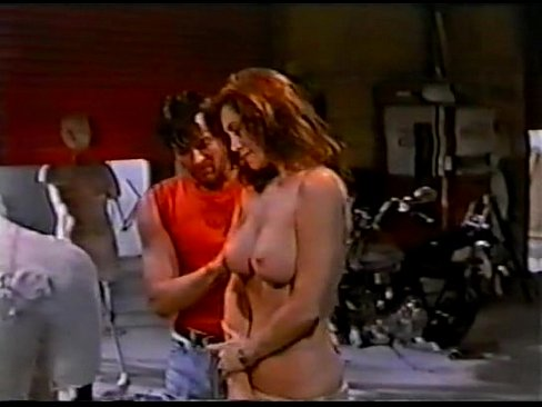 Shannon whirry and lisa marie scott nude in ringer movie - 1 part 8