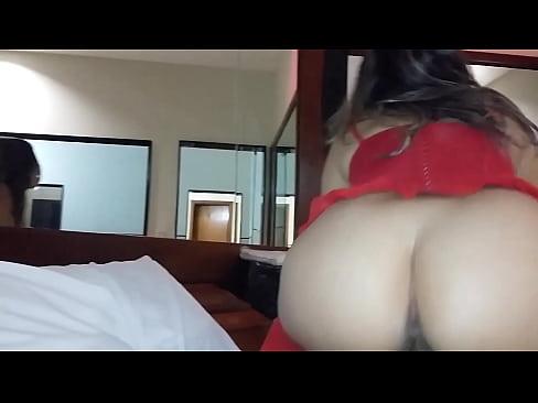 Fodendo a buceta da esposa puta no motel