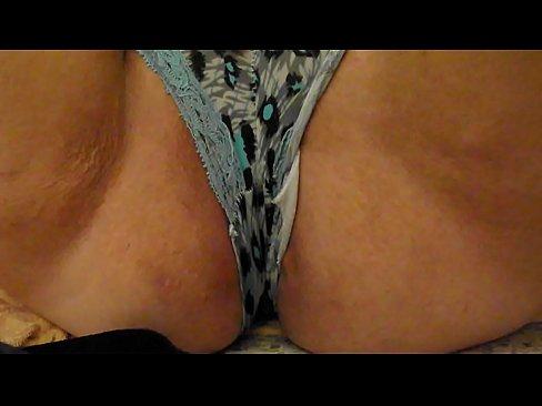 http://img-l3.xvideos.com/videos/thumbslll/d1/48/be/d148beabee08e2e023db2bb3c449239e/d148beabee08e2e023db2bb3c449239e.1.jpg