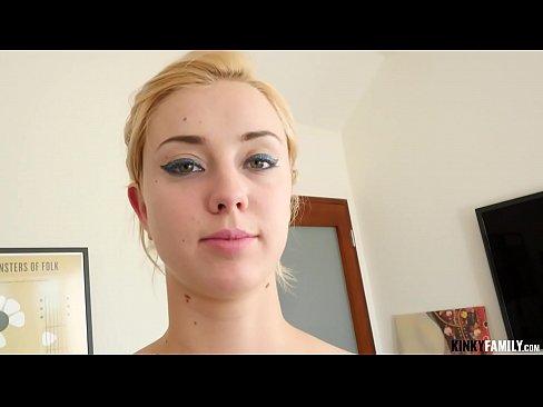 Kinky Family - I wanna nail my hot stepsis