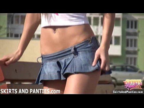 I like flashing my panties to my neighbors