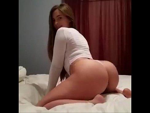 Mandy Kay  e suas roupas sexy