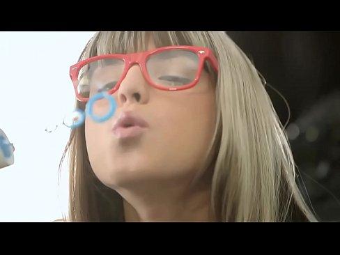 http://img-l3.xvideos.com/videos/thumbslll/d8/a5/4a/d8a54aa2ccefcbee80e8cc466345fd6d/d8a54aa2ccefcbee80e8cc466345fd6d.1.jpg