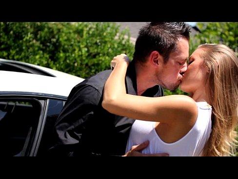 XVIDEOS Pure Mature Nicole Aniston free
